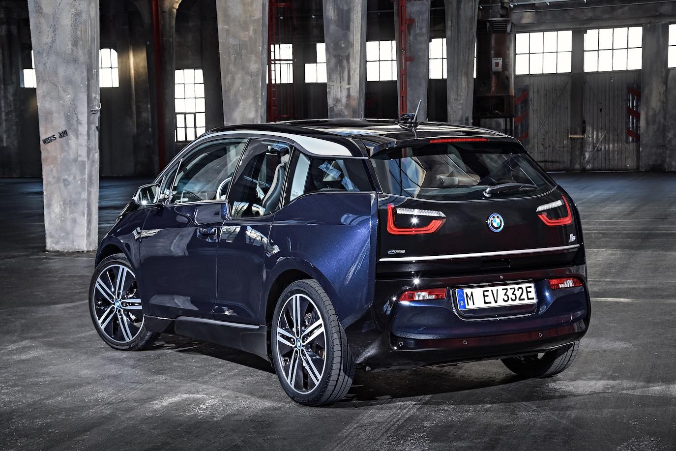 BMW i3 blau schwarz