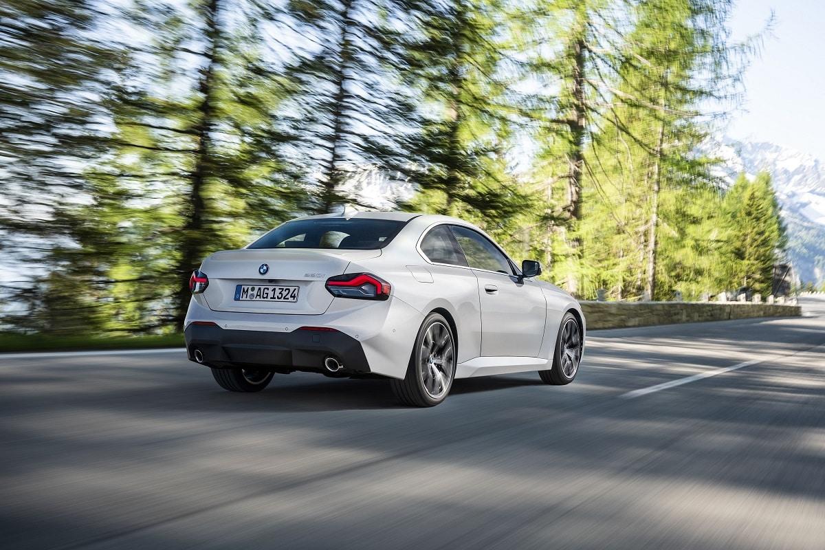 BMW 220i Coupe Heckansicht
