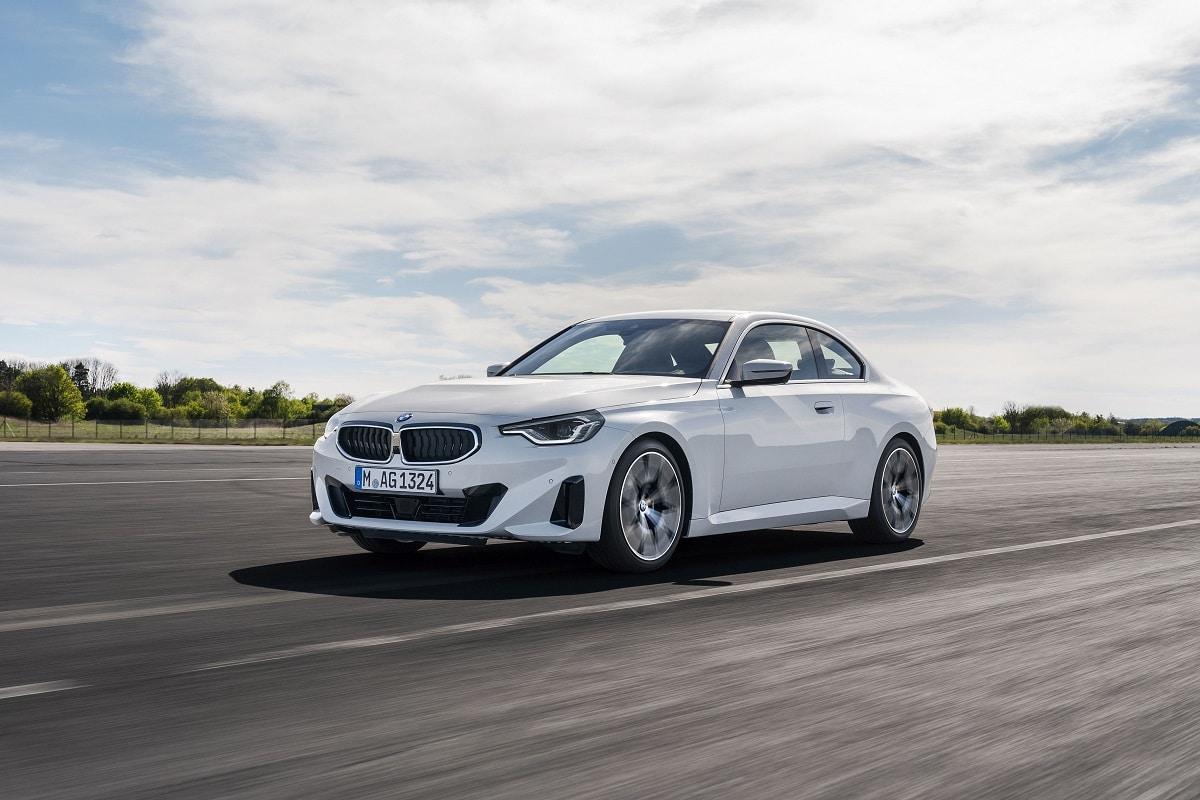 BMW 220i Coupé Kachel