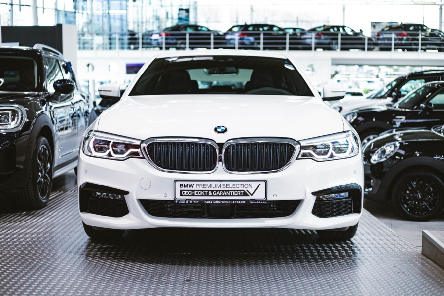 BMW 530e Frontansicht
