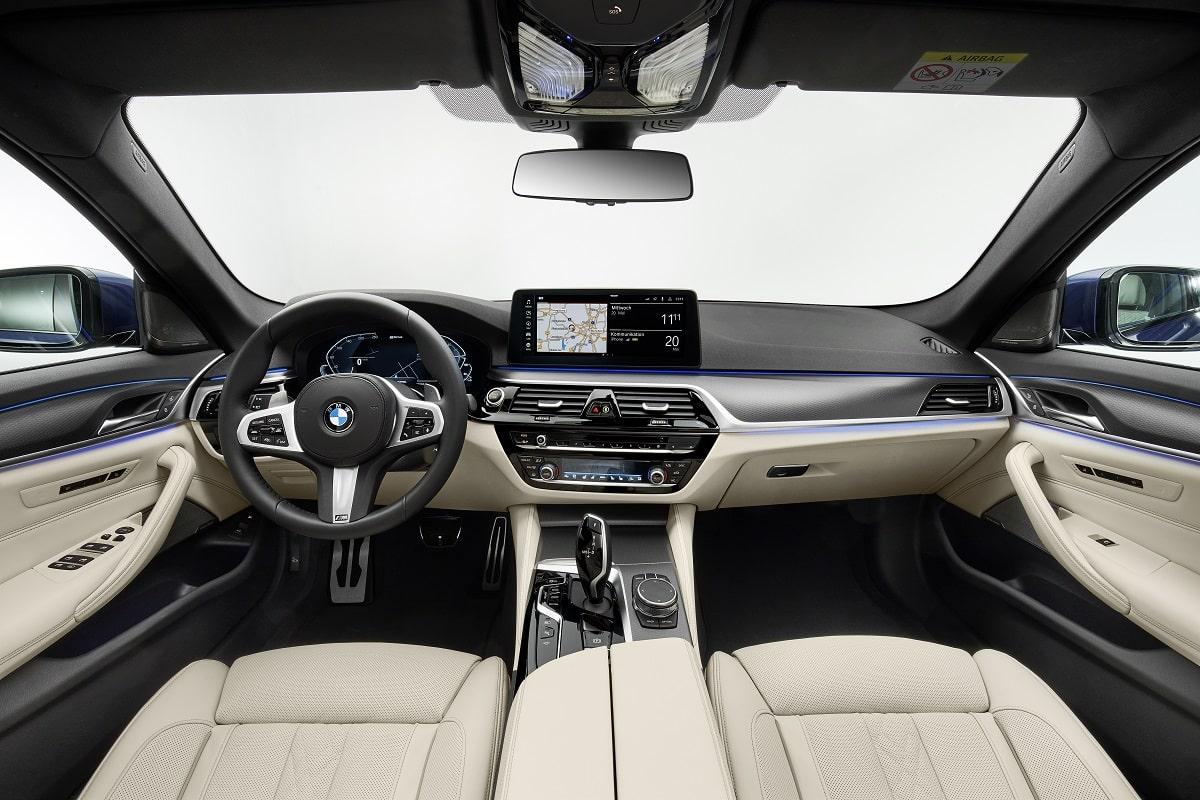 BMW 530e Limousine Interieur