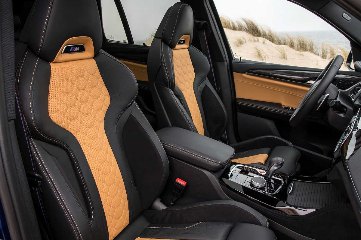 BMW X3M Competition Sitze