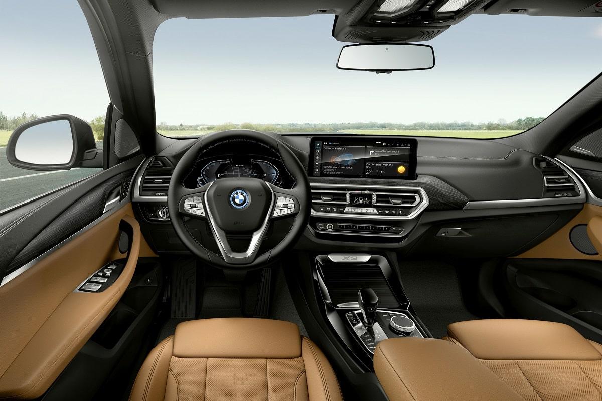 BMW X3 xDrive30e Heck LCI Interieur