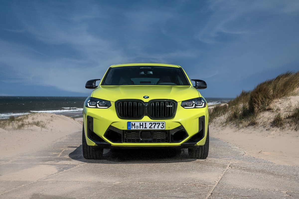 BMW X4M Competition Front