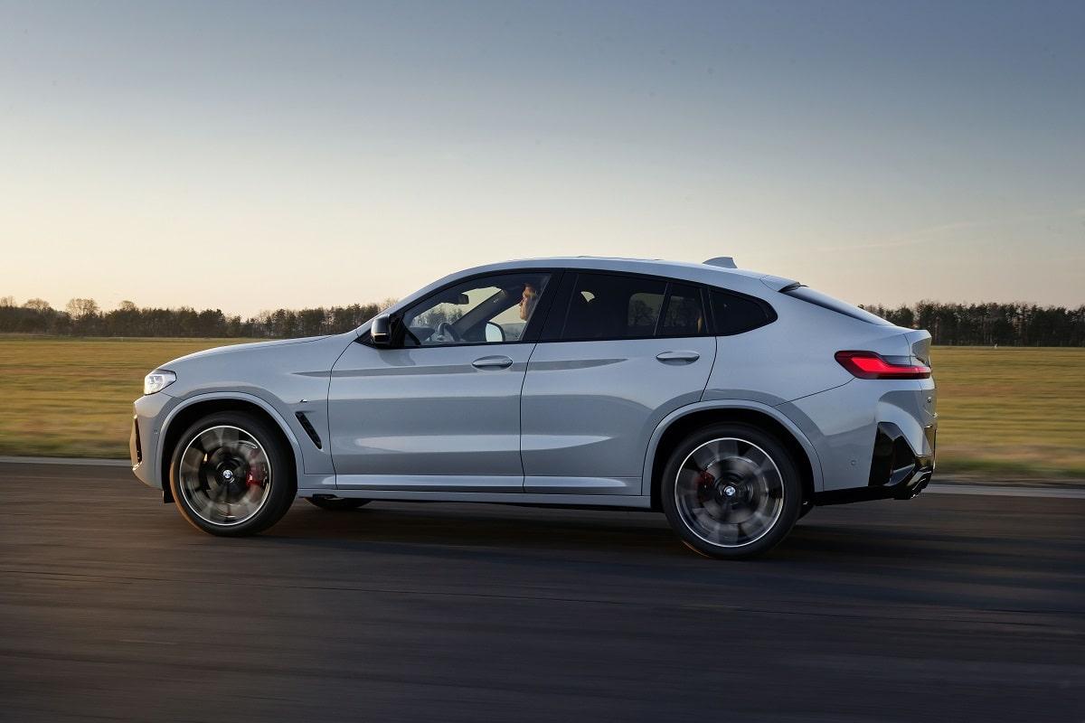 BMW X4M LCI Seite
