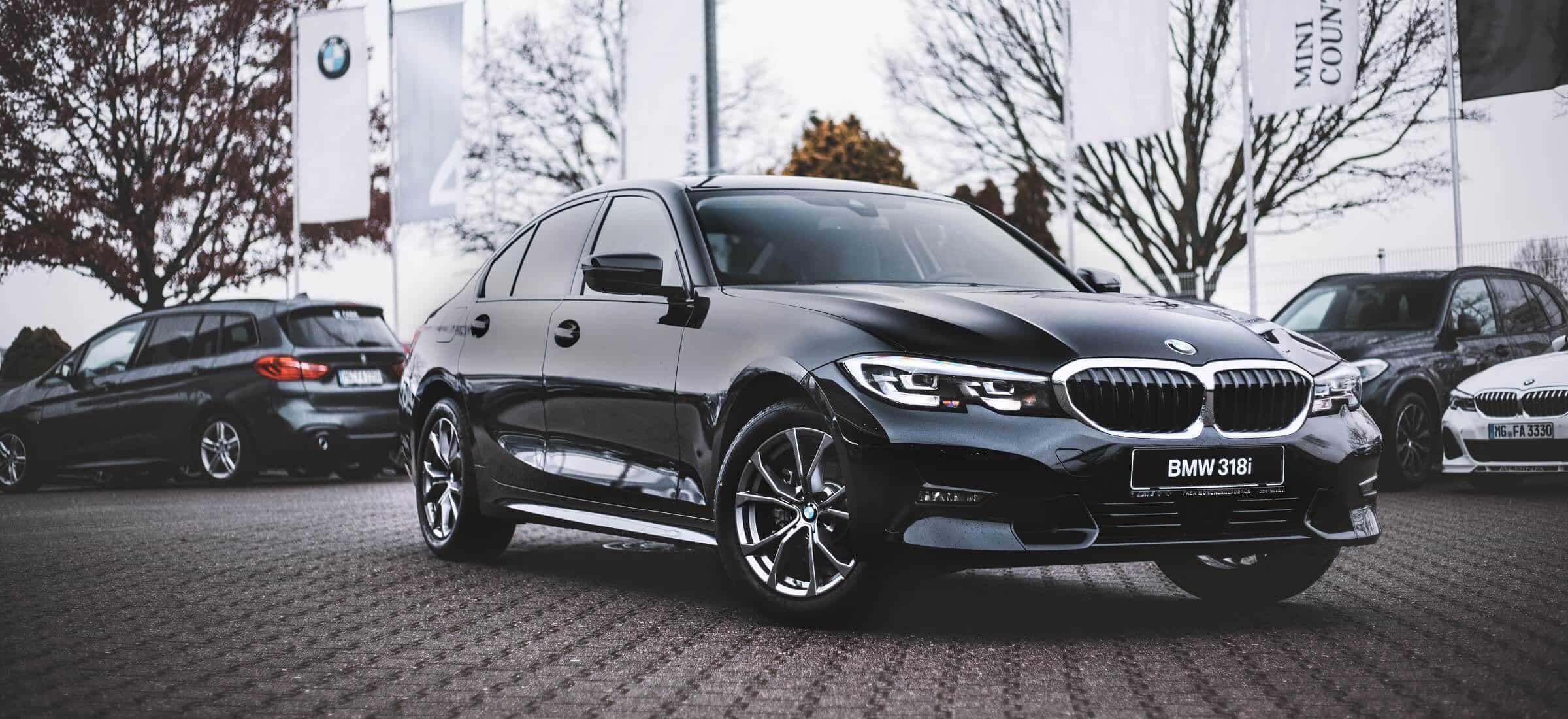 BMW 318i Limousine schwarz