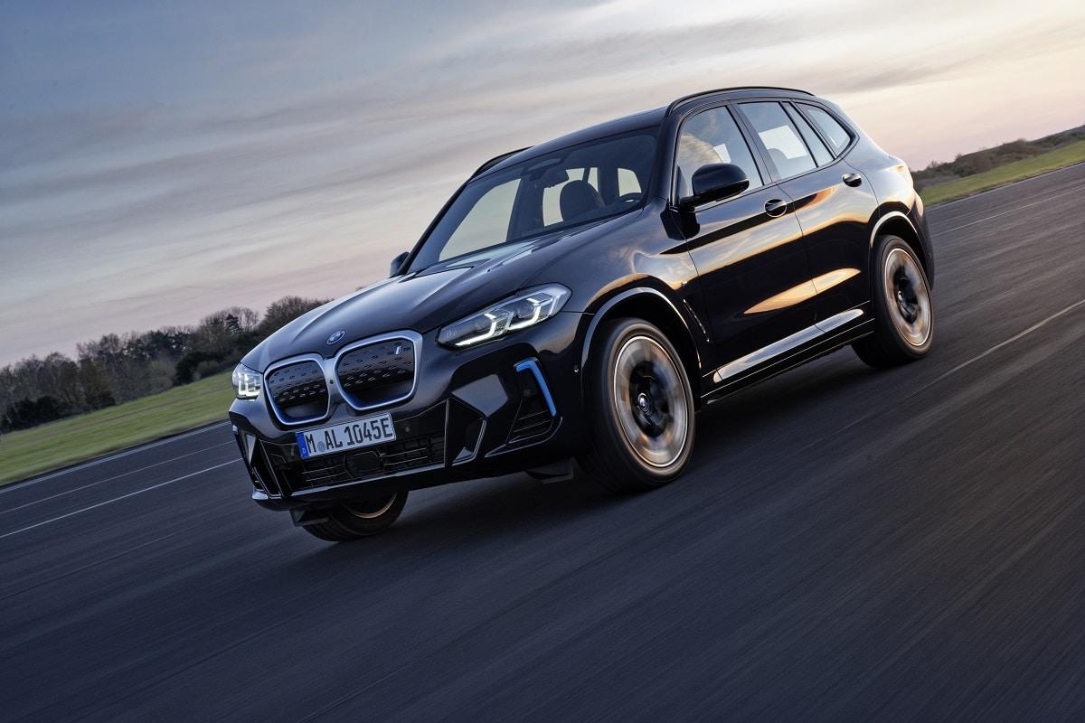 BMW iX3 LCI 1045e