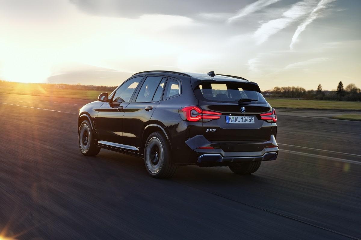 BMW iX3 LCI Heck