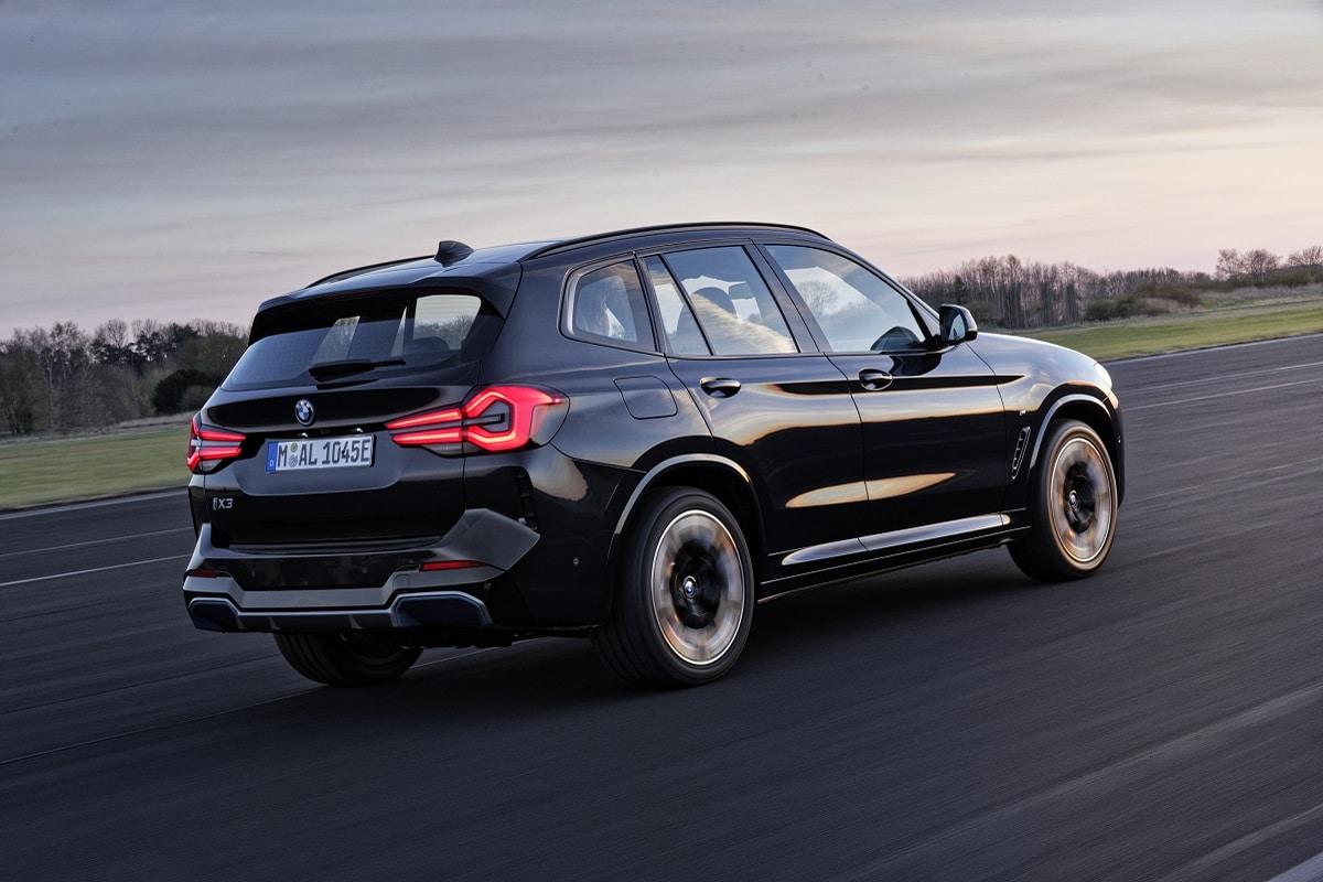BMW iX3 LCI Seitenansicht
