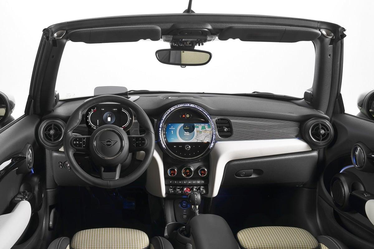 MINI Cabrio Interieur