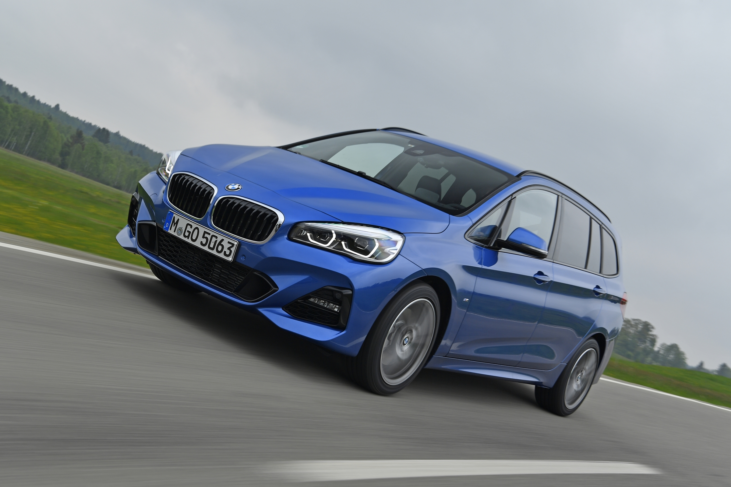 BMW 2er Gran Tourer in blau