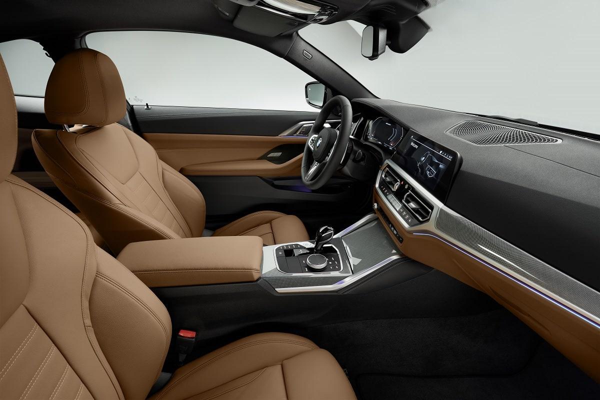 Innenraum und Sitze des BMW 4er Coupé