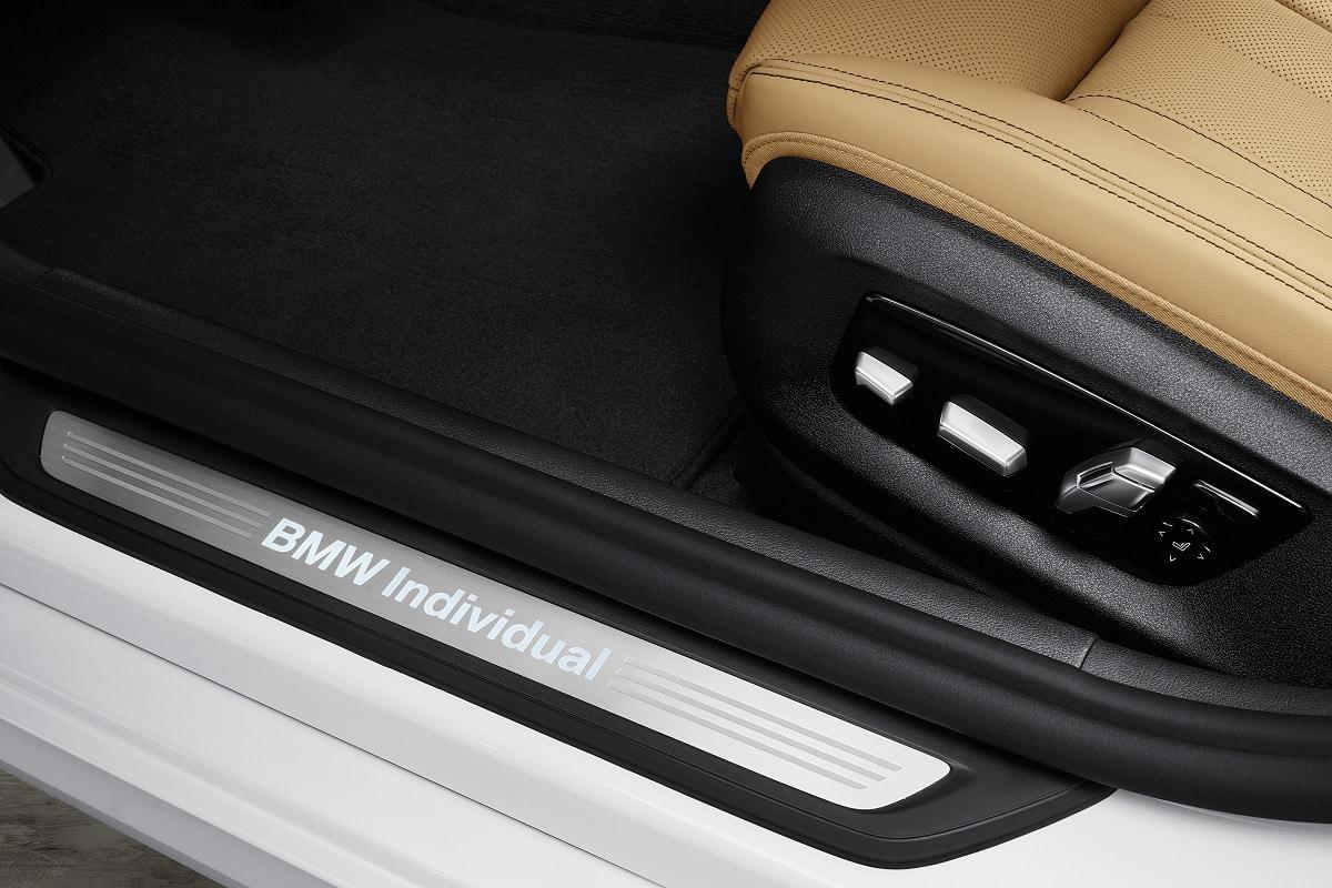 Einstiegsleisten der BMW 5er Limousine