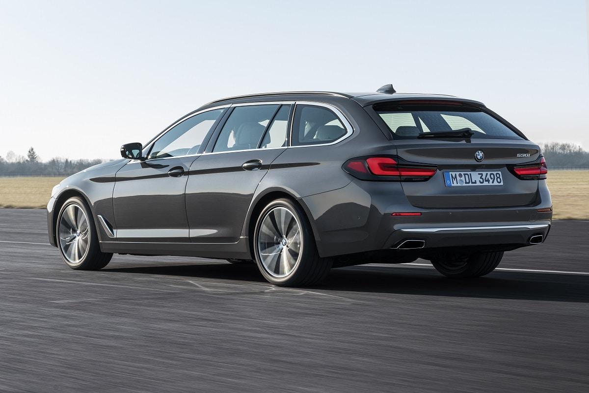 Seitenansicht des BMW 5er Touring