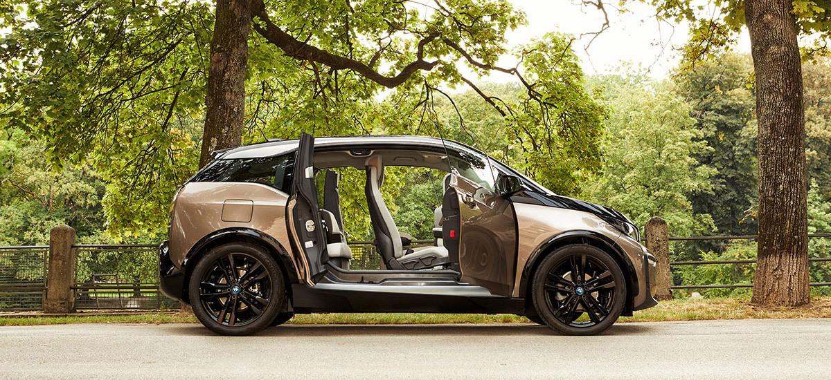 BMW i3 geöffnete Türen