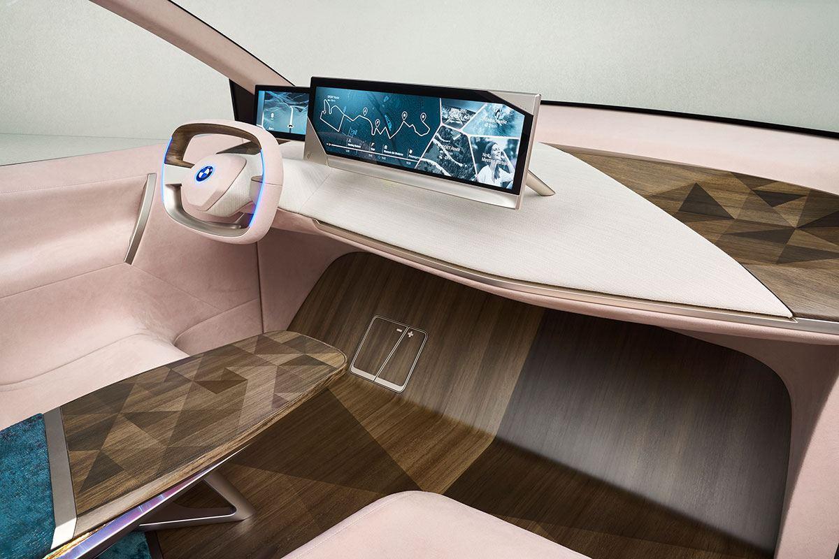BMW Vision iNext Cockpit