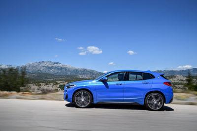 Seitenansicht des BMW X2