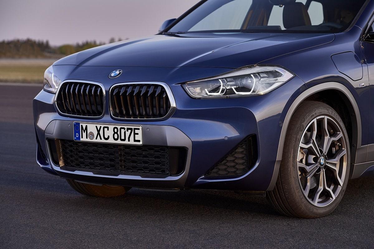 BMW X2 xDrive25e Hybrid - Frontansicht