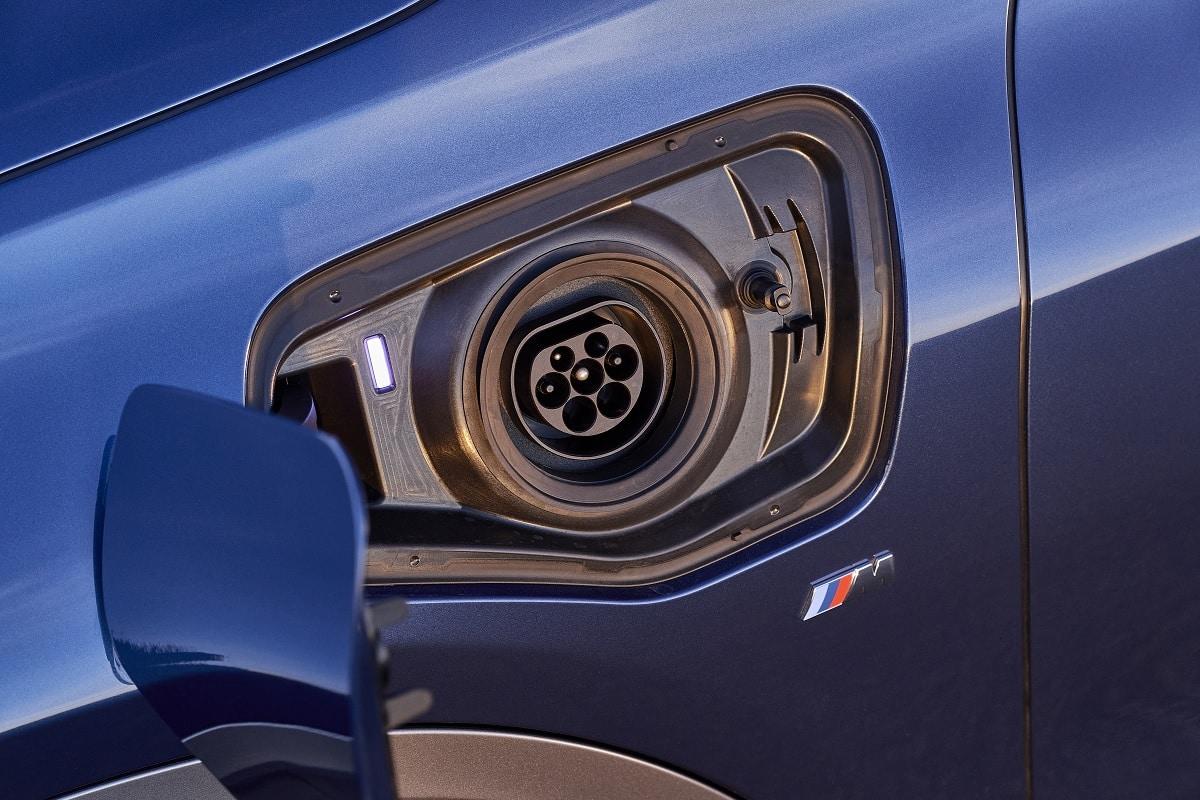 BMW X2 xDrive25e Hybrid - Ladedose