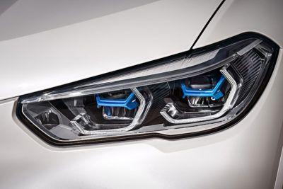 Scheinwerfer des BMW X5