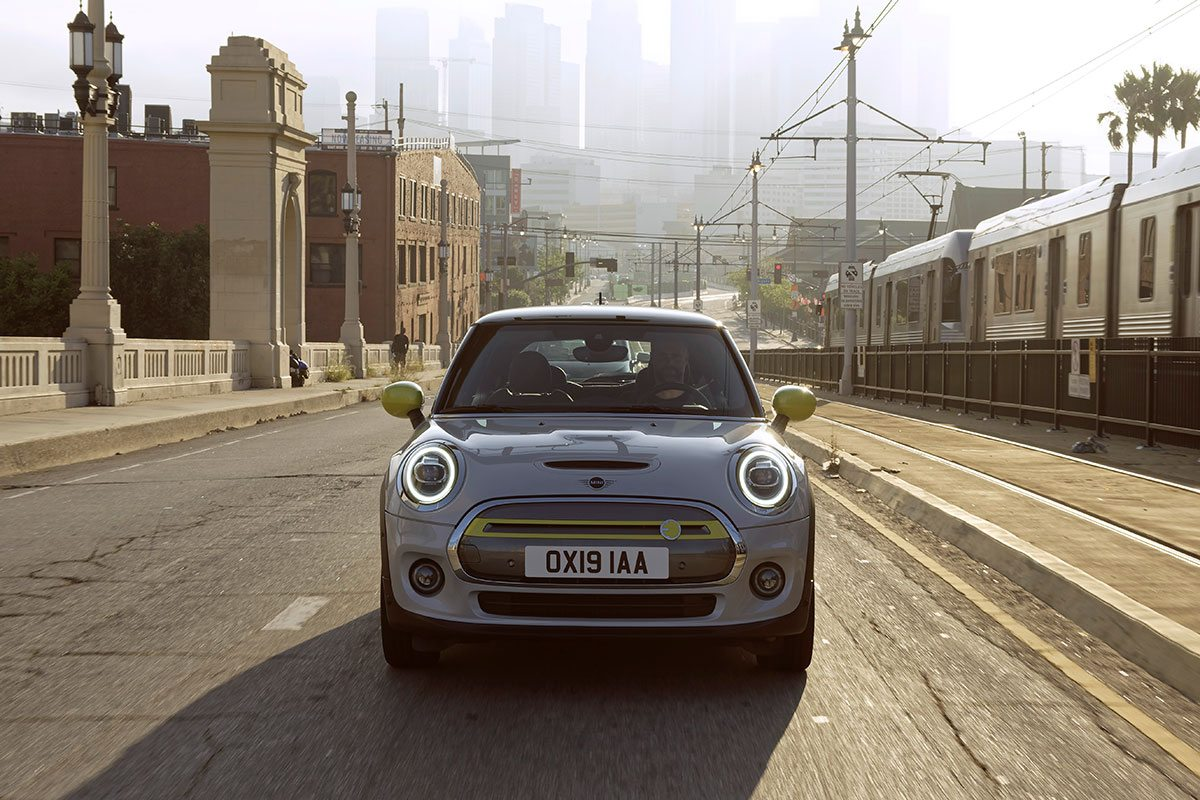 MINI Cooper SE Front
